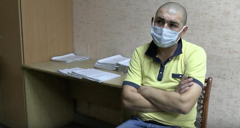 Житель Кирово-Чепецка выносил бытовую технику из магазинов и попал на видео