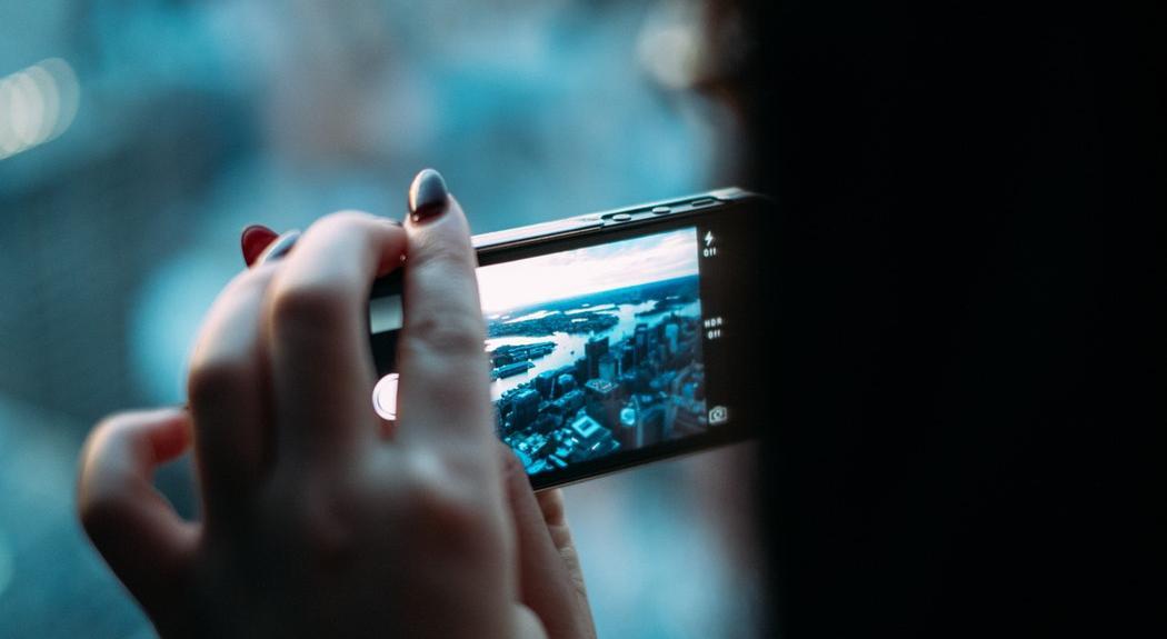Эксперты Роскачества составили топ-10 смартфонов