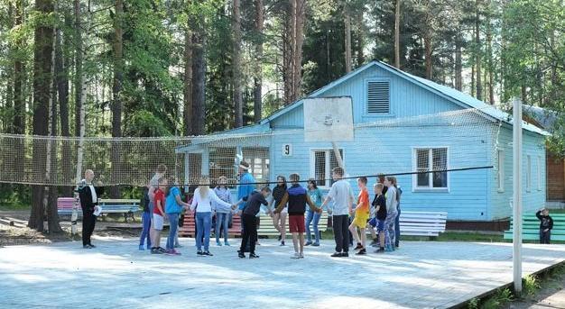 Детские лагеря Кировской области проверят после трагедии в Хабаровске