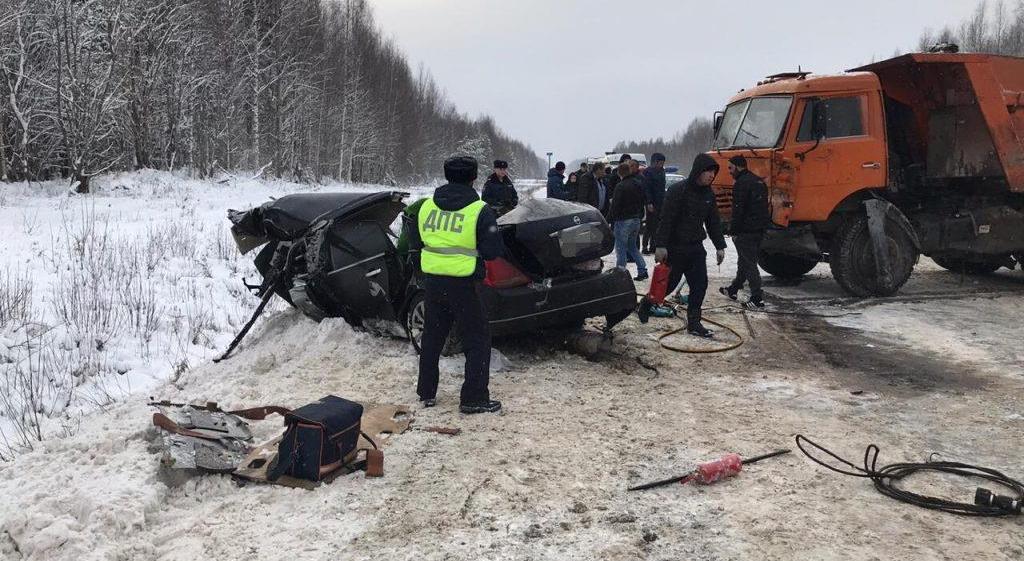 В Кировской области ребенок выжил в смертельной аварии и попал в другую в тот же день