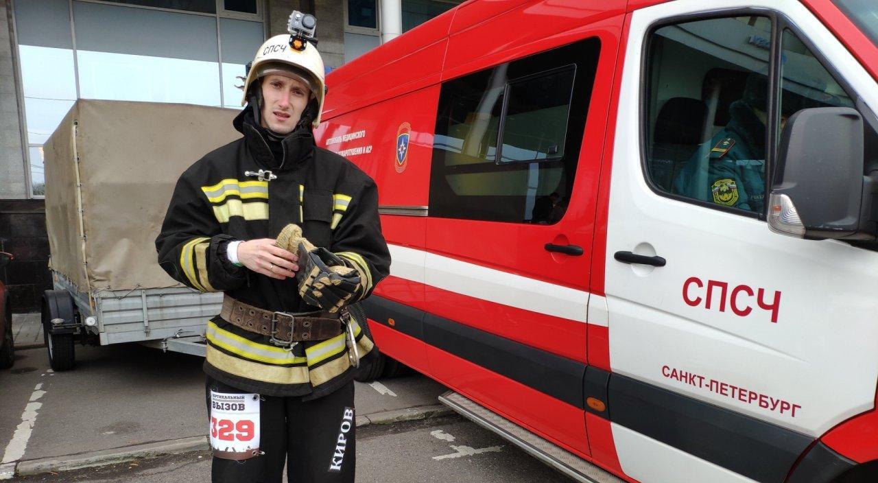 Чепчанин, который покорил 145-метровую высотку, спас мальчика на высоте 5 этажа