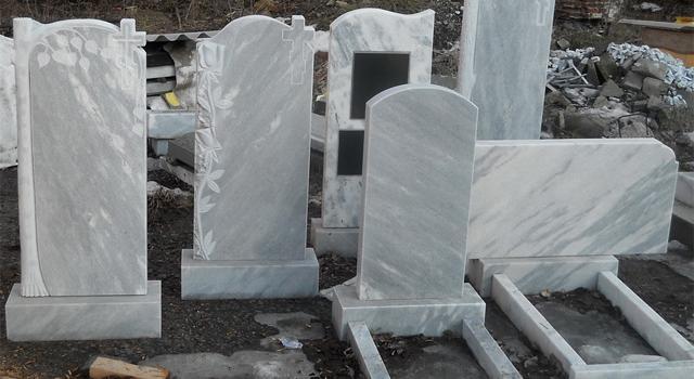 В январе при заказе памятника из мрамора можно сэкономить до 3 тысяч рублей