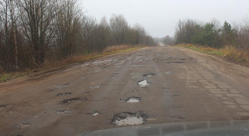 В Чепецком районе отремонтируют две дороги после обращения в суд