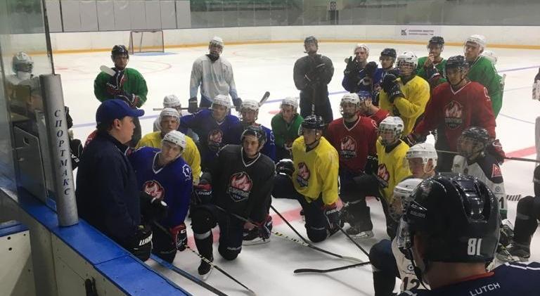 #ОлимпияЖиви: молодежную хоккейную команду Кирово-Чепецка расформировывают