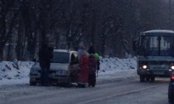 В Чепецке автомобилистов останавливал Дед Мороз