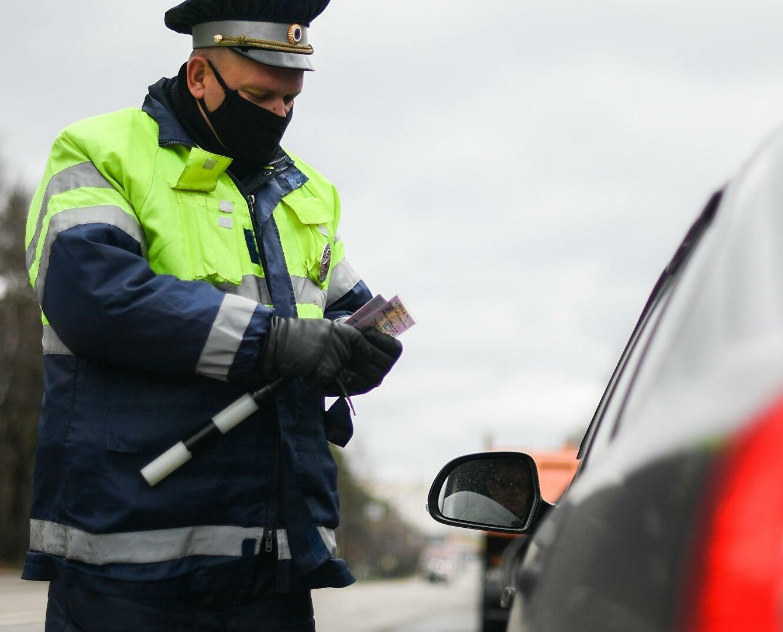 Водителям автомобилей разрешат ездить без прав в рамках эксперимента