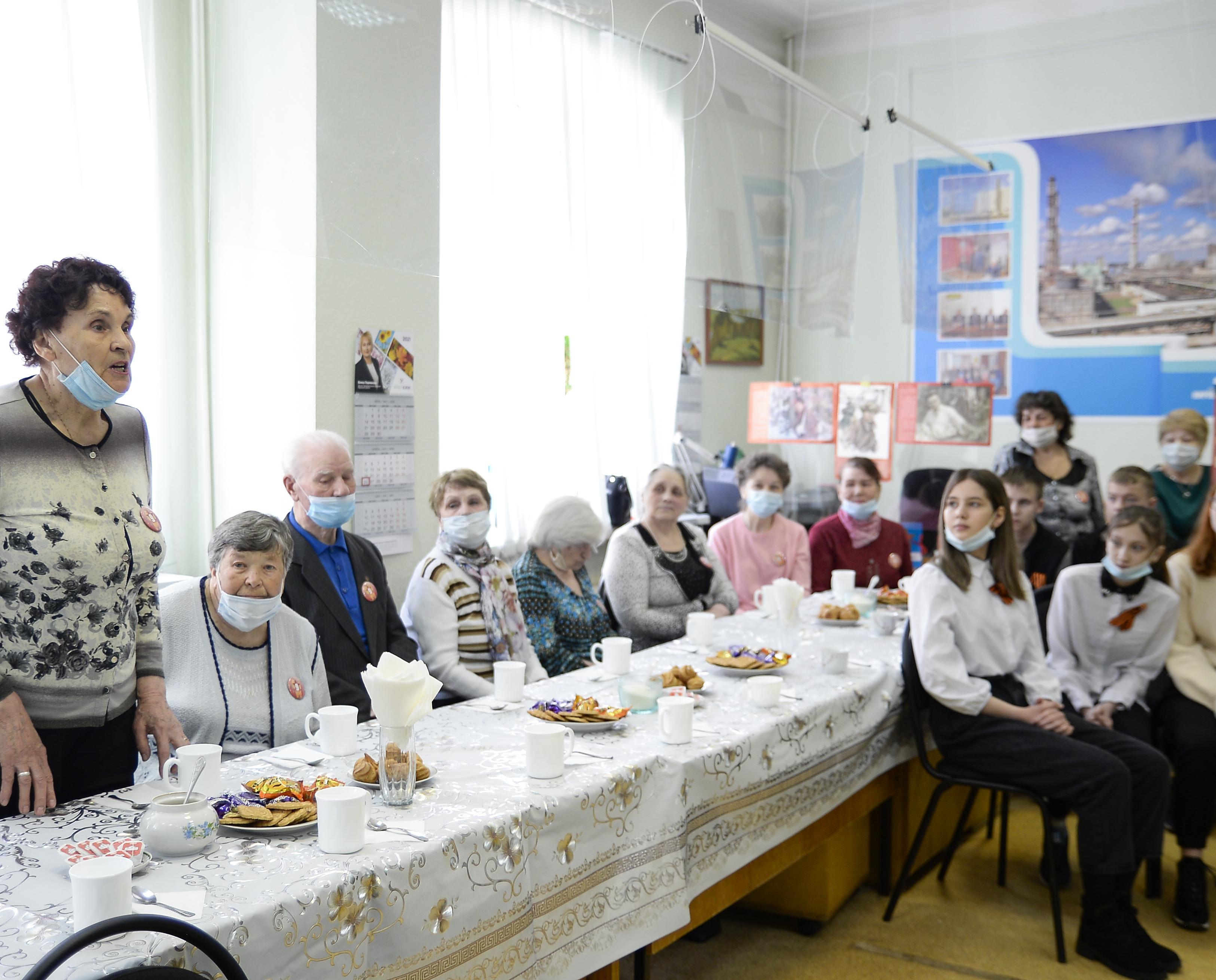 В школе №7 прошел «Урок мужества» от совета ветеранов КЧХК