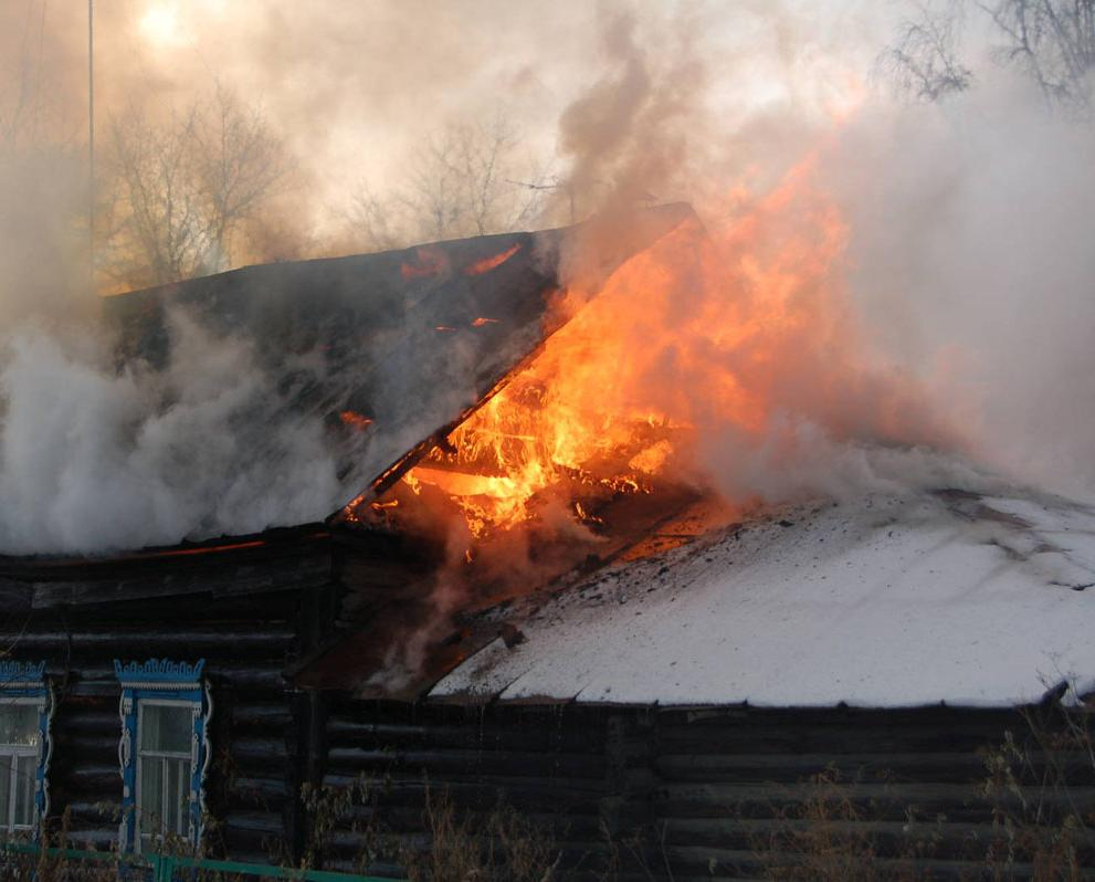 В первый день нового года в Кирово-Чепецке в пожаре погиб мужчина