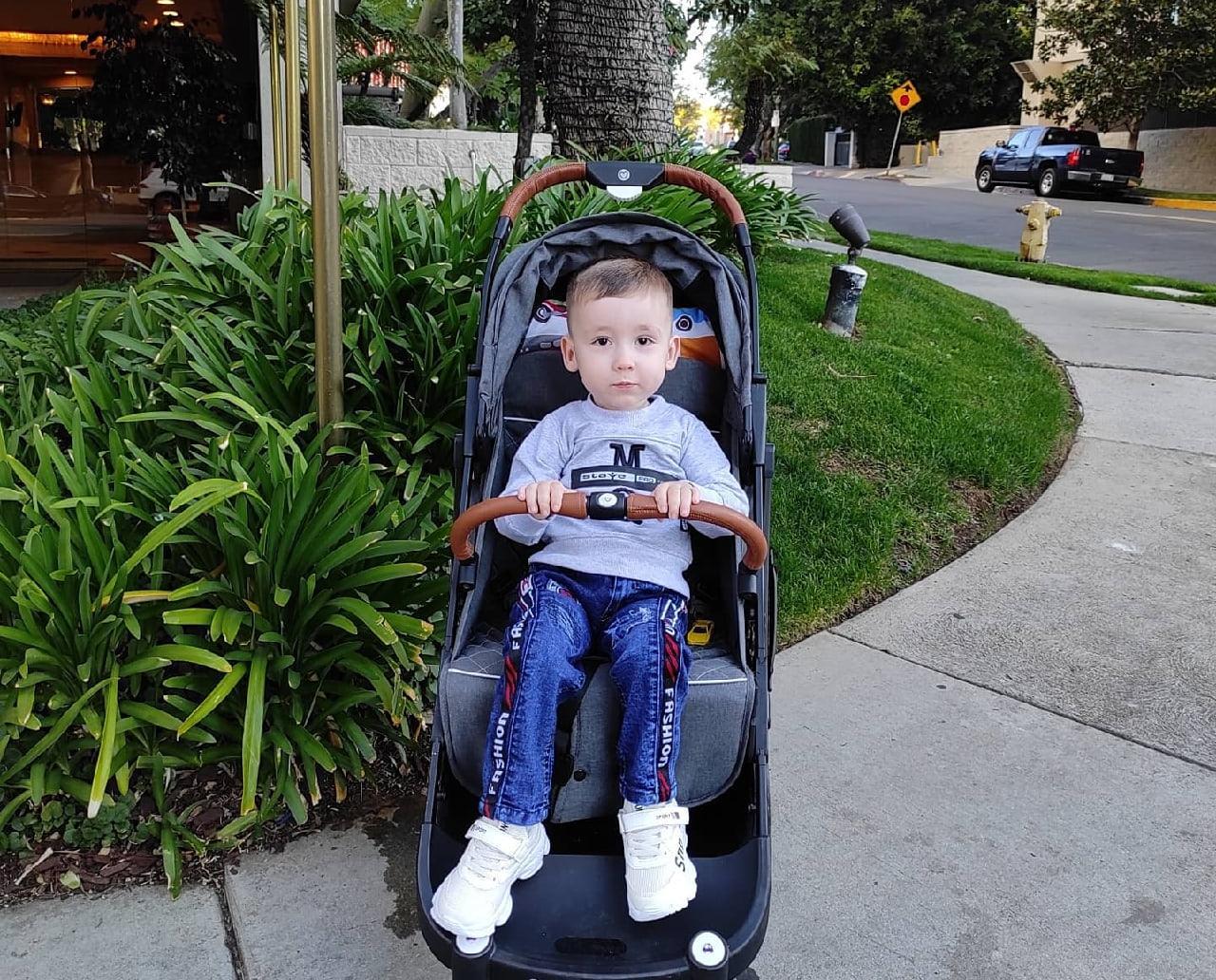3-летний Степа Заплаткин из Кирово-Чепецка прилетел в США для процедуры за 2 млн долларов