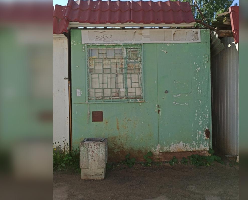 «Снести срочно»: мэрия ищет собственника ларька на «Южном»