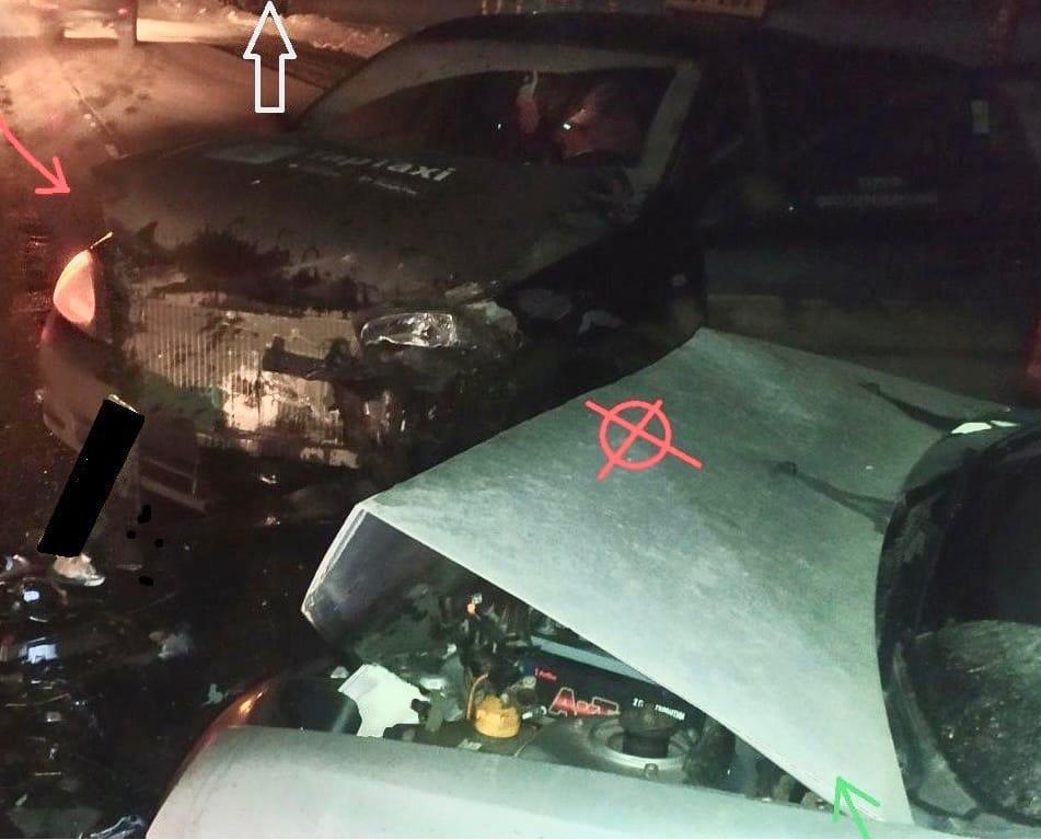 В ДТП с такси в Кирово-Чепецком районе пострадали четыре человека