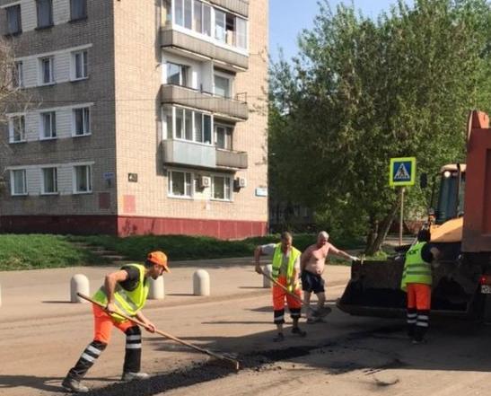 В Кирово-Чепецке продолжается ремонт дорог
