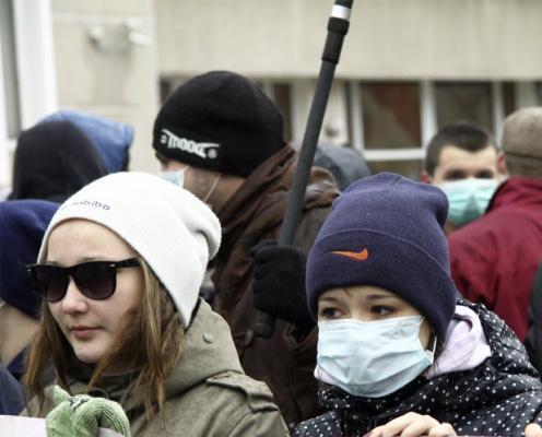 Дерматологи рассказали, можно ли носить защитные маски в мороз