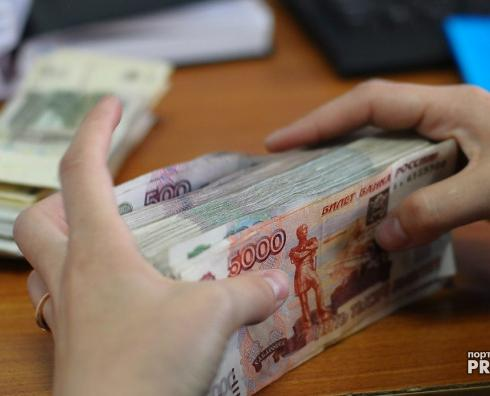 Руководитель чепецкой организации 8 месяцев не выдавал зарплату работникам