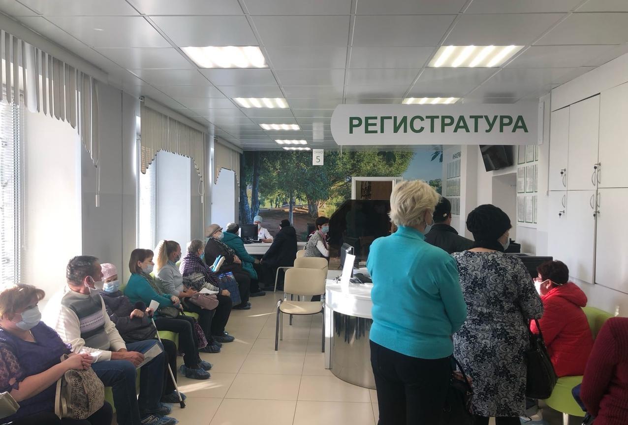 В Кирово-Чепецке коронавирусом за сутки заболели 20 человек