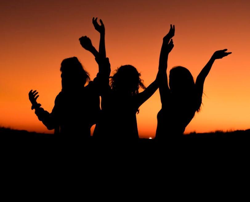 Ракам попытаются сесть на шею, Девы могут совершить фатальную ошибку: гороскоп на пятницу