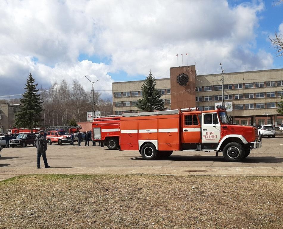 По Кирово-Чепецку прошел парад пожарной техники