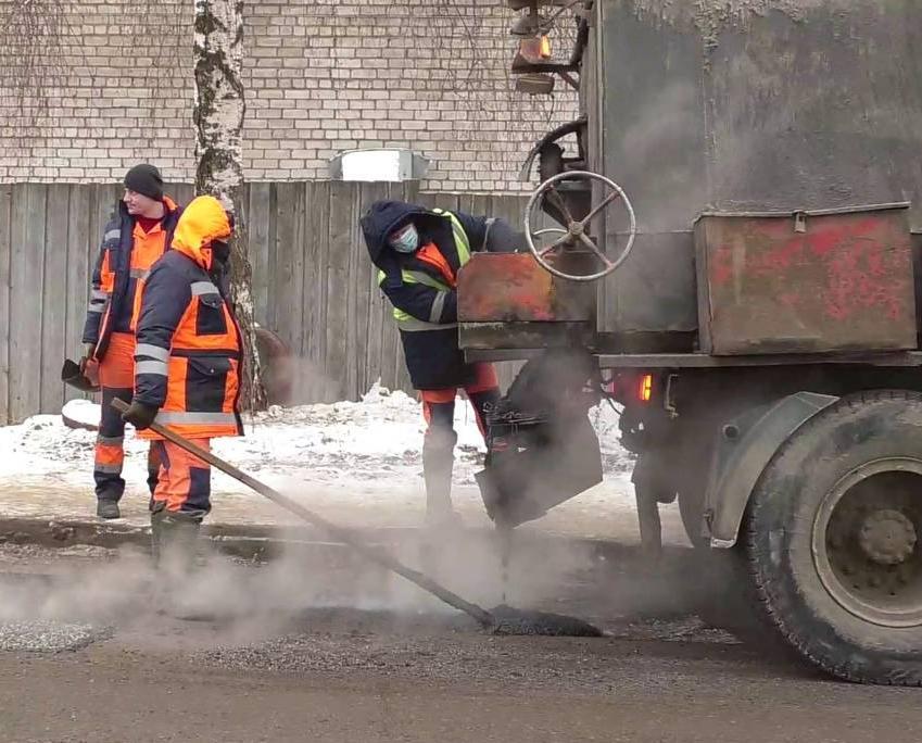 В Кирово-Чепецке открыт поиск подрядчика для ремонта автодороги на проспекте Россия