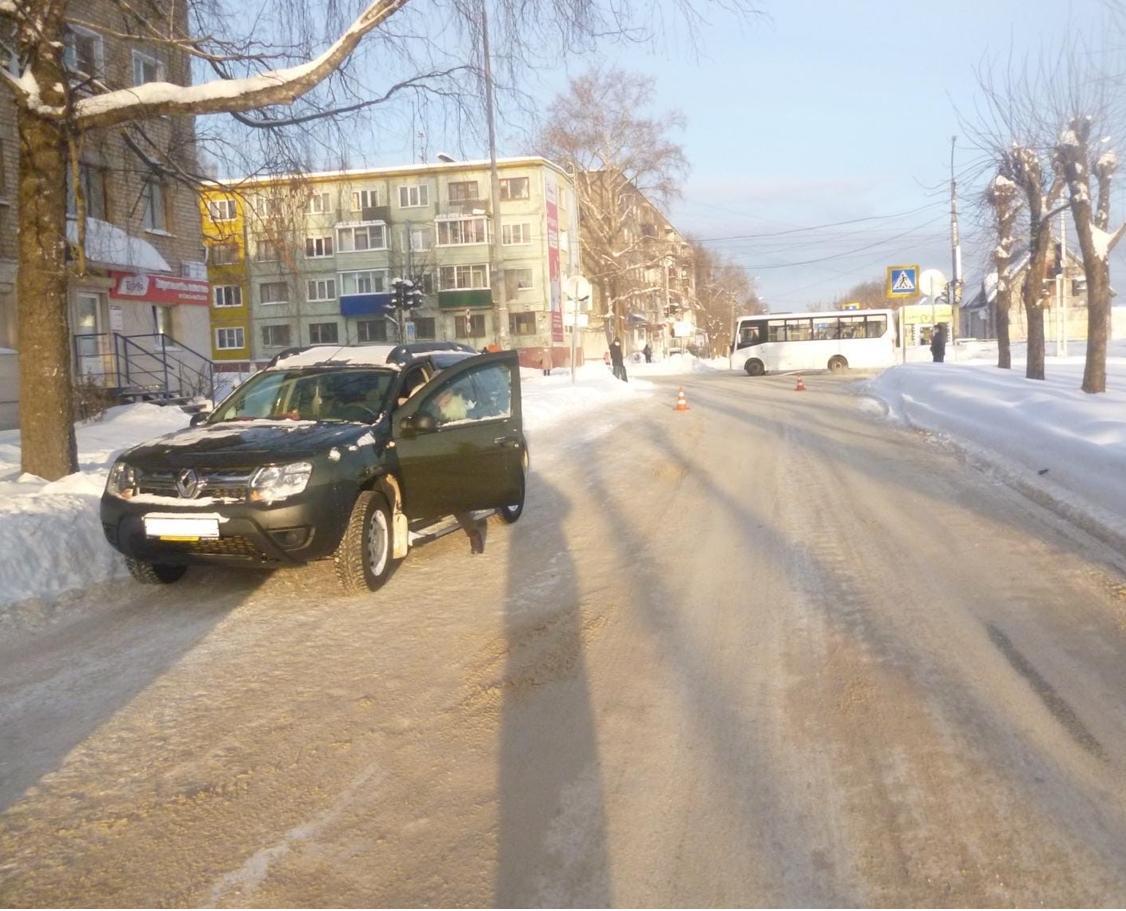 В Кирово-Чепецке женщина на кроссовере сбила пешехода