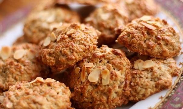 Быстро и вкусно: готовим овсяное печенье