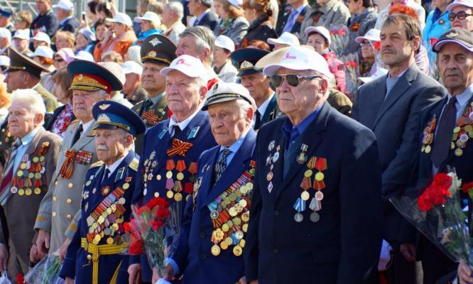 Чепецкие ветераны Великой Отечественной войны получили помощь в ремонте жилья