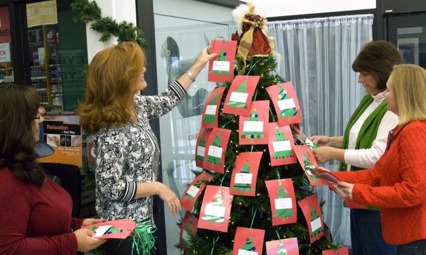 Что подарить коллегам на Новый год ‒ выбираем подарки в Кирово-Чепецке