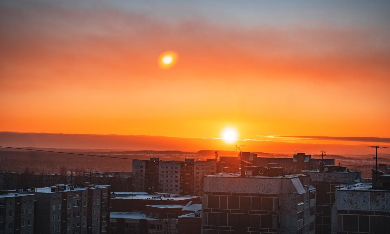 Фото дня: в Кирово-Чепецке на смену пасмурному небу пришел живописный закат