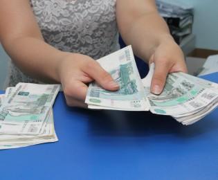 Кировстат: средняя зарплата в Кировской области – 20 437 рублей