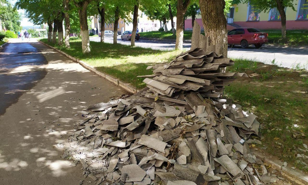 В Чепецке школьник сломал обе руки, упав на кучу строительного мусора