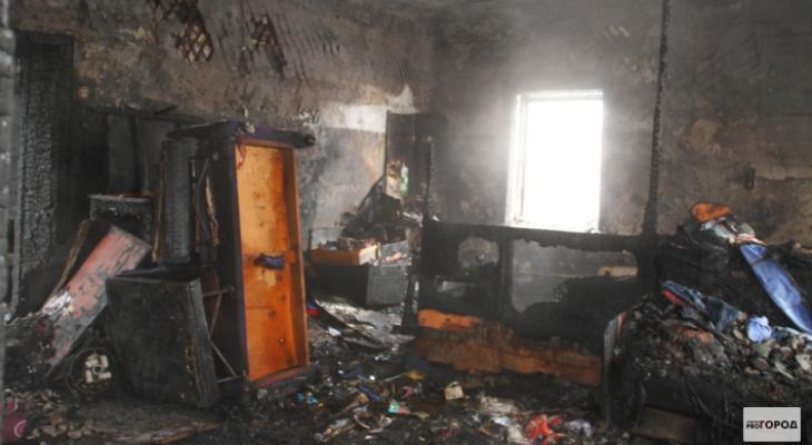 Утром в чепецкой высотке произошел пожар: жильцов эвакуировали