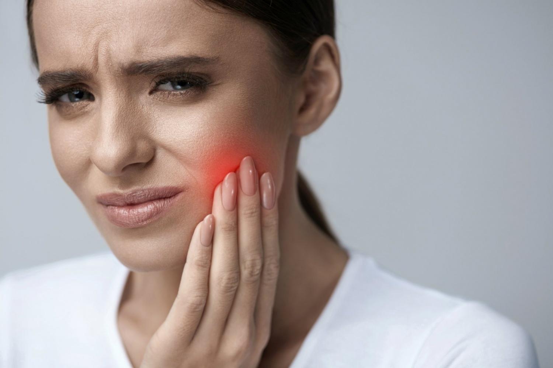 3 опасных народных метода лечения зубов по мнению стоматолога