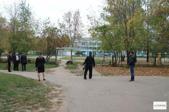 Кировский семиклассник, выстреливший в знакомого, купил пистолет у старшеклассника