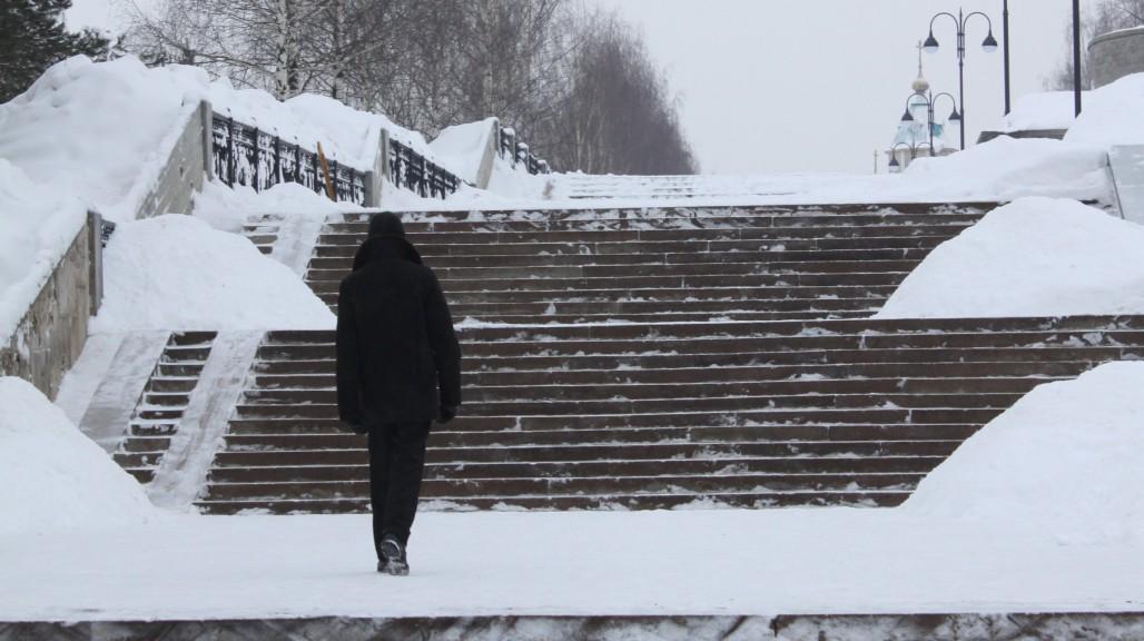 Аномальный холод и выпавшая из окна девушка: что обсуждали в Чепецке на неделе