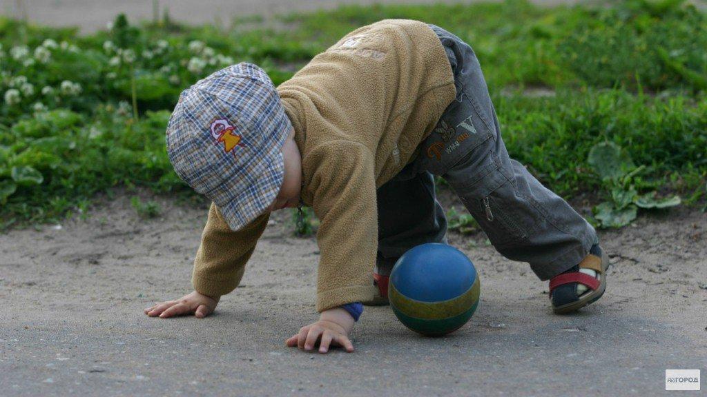 В Кировской области ребенок упал на металлический прут: осуждена заведующая садика