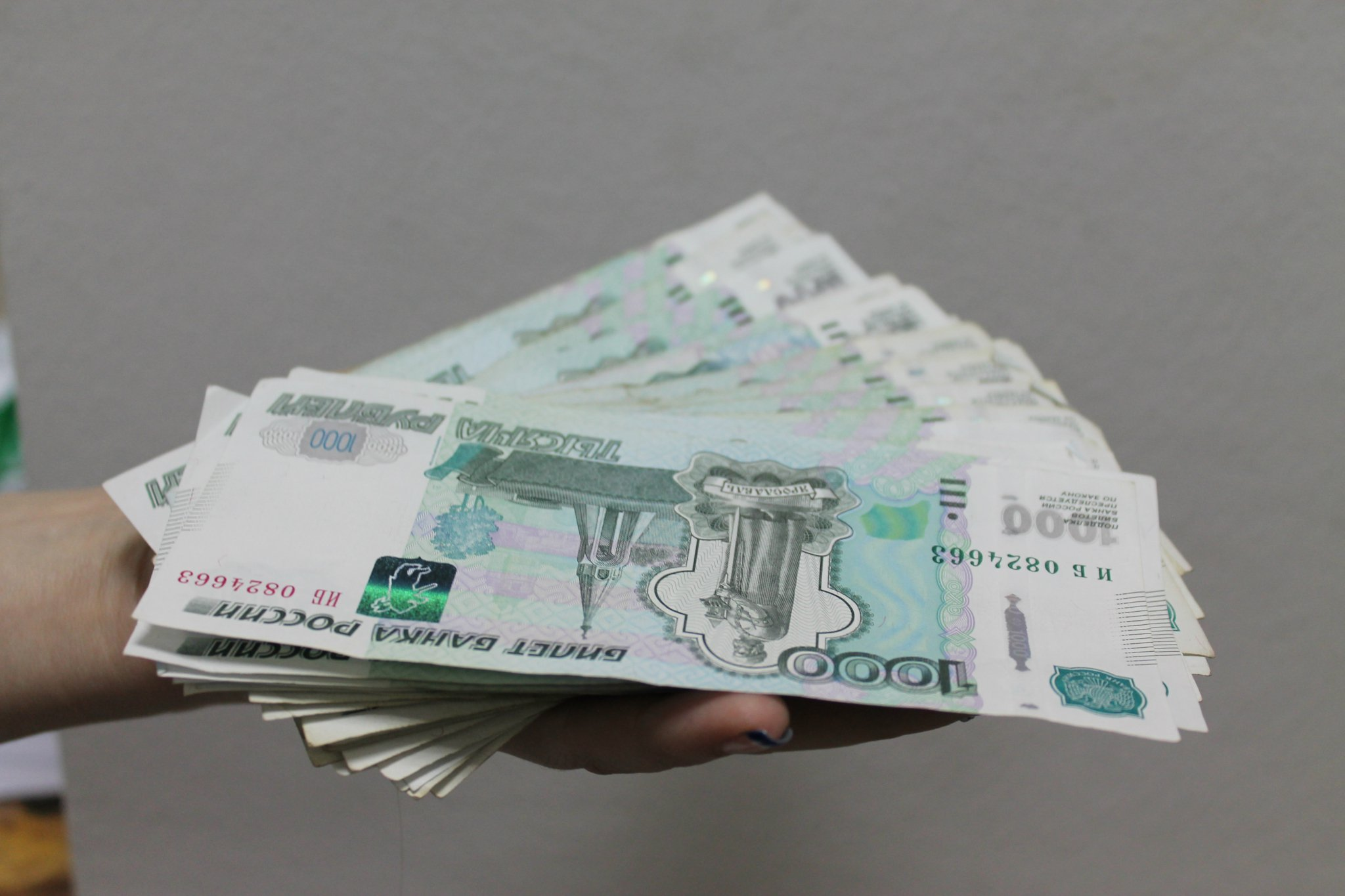 28 чепецких работодателей повысили зарплаты рабочим
