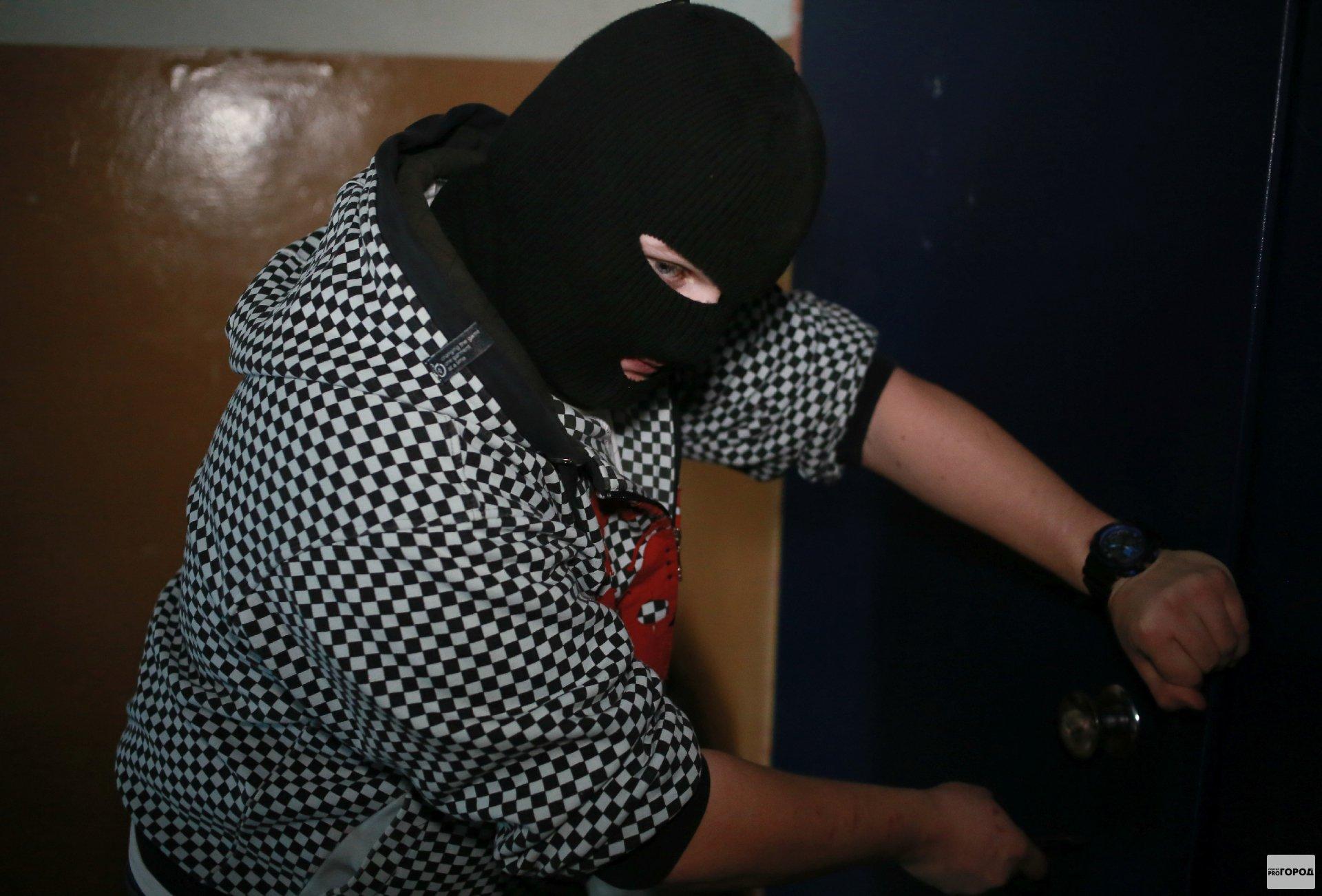 В Кирово-Чепецке мужчина ночью хотел ограбить детский сад
