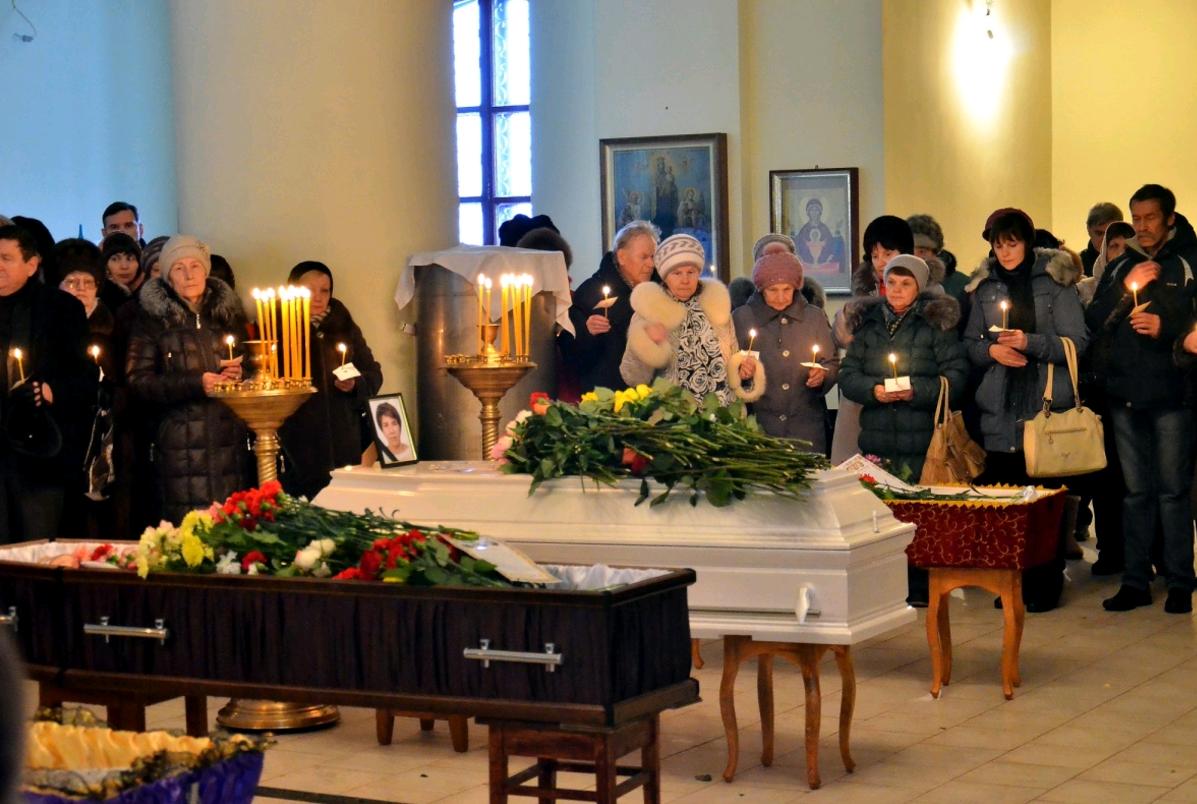 В Чепецке прошли похороны Марии Подлевских, погибшей в авиакатастрофе в Египте