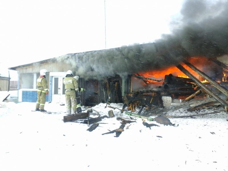 В Проснице несколько сотрудников МЧС едва не погибли от взрыва