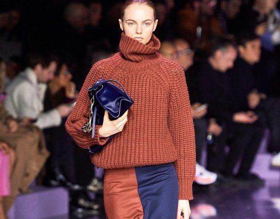 Платье-кокон и сумочка на запястье: 5 необычных модных тенденций 2021 года