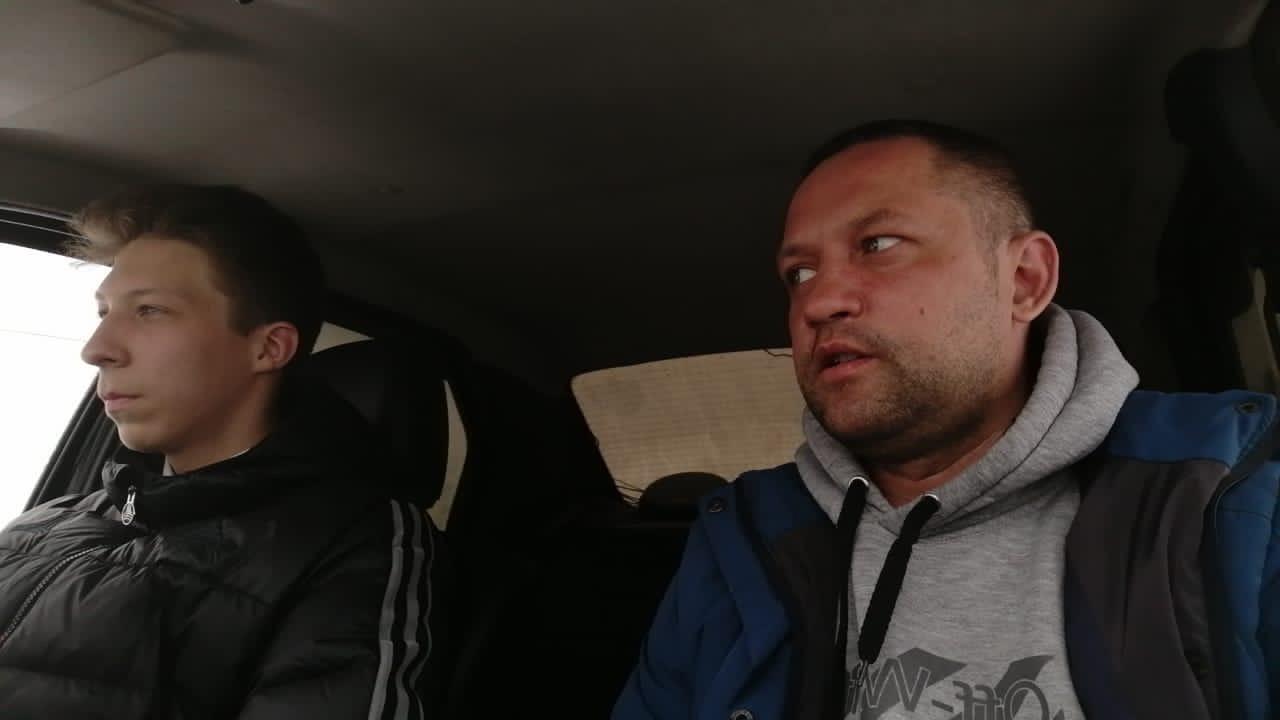 «Сложно учить тех, кому за 40»: автоинструктор из Кирово-Чепецка о своей работе