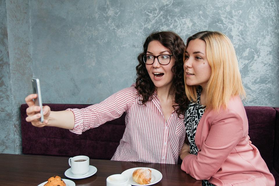 Кировстат рассекретил часть информации о женщинах региона