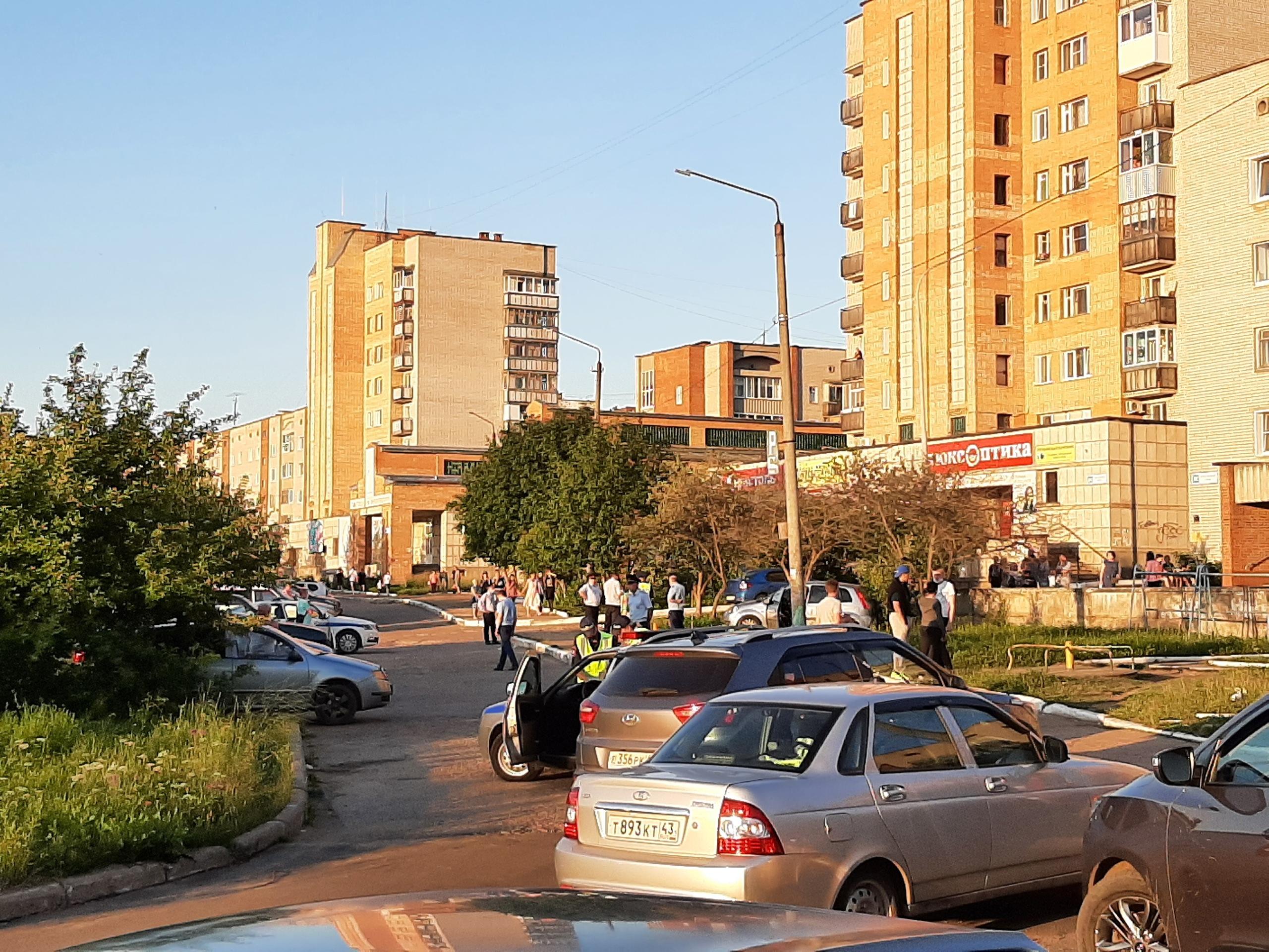 В Кирово-Чепецке у ТЦ «Бум» женщина насмерть сбила 3-летнего мальчика