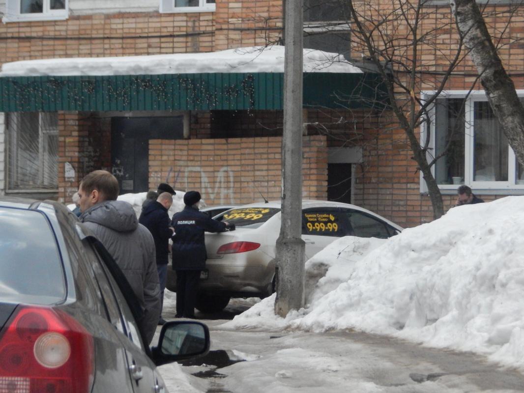 В Кирово-Чепецке разбили автомобиль таксиста