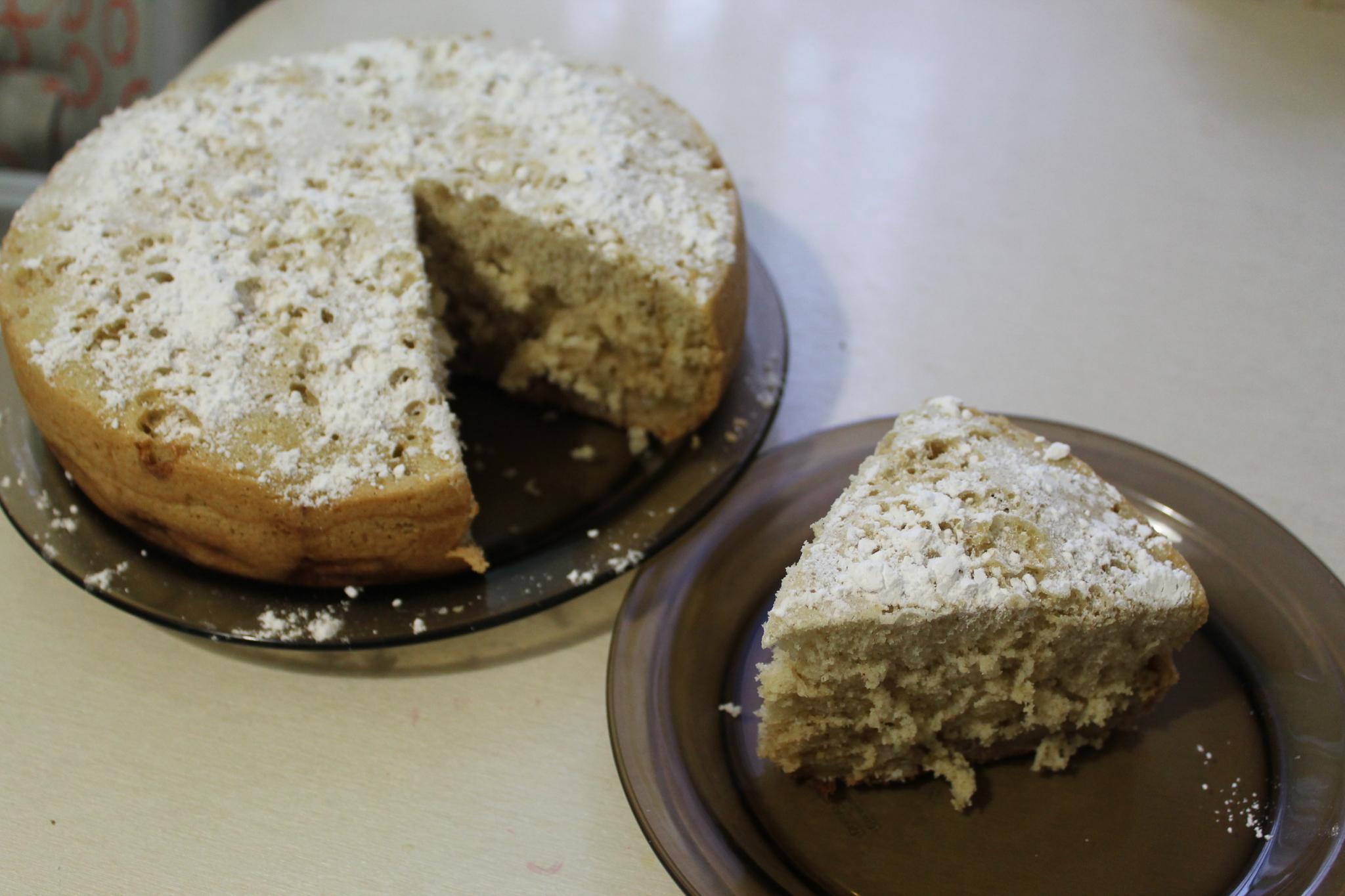 Шарлотка в мультиварке: идеально пышный пирог с яблоками