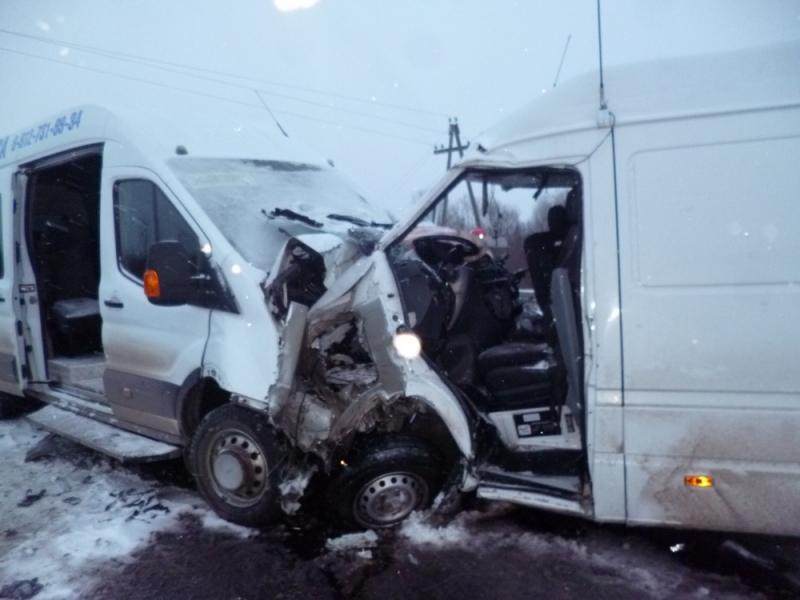 На трассе Киров - Советск произошло ДТП: пострадали 14 человек, один погиб