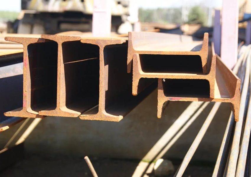 Качественный швеллер обеспечит сооружению повышенную жесткость