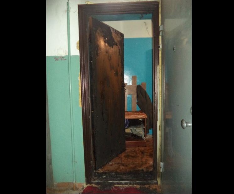 В Чепецке полицейский вытащил из горящей квартиры мужчину