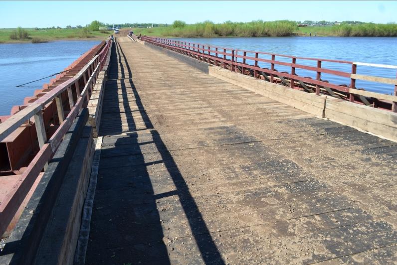 Движение транспорта по мосту через реку Чепца временно ограничено