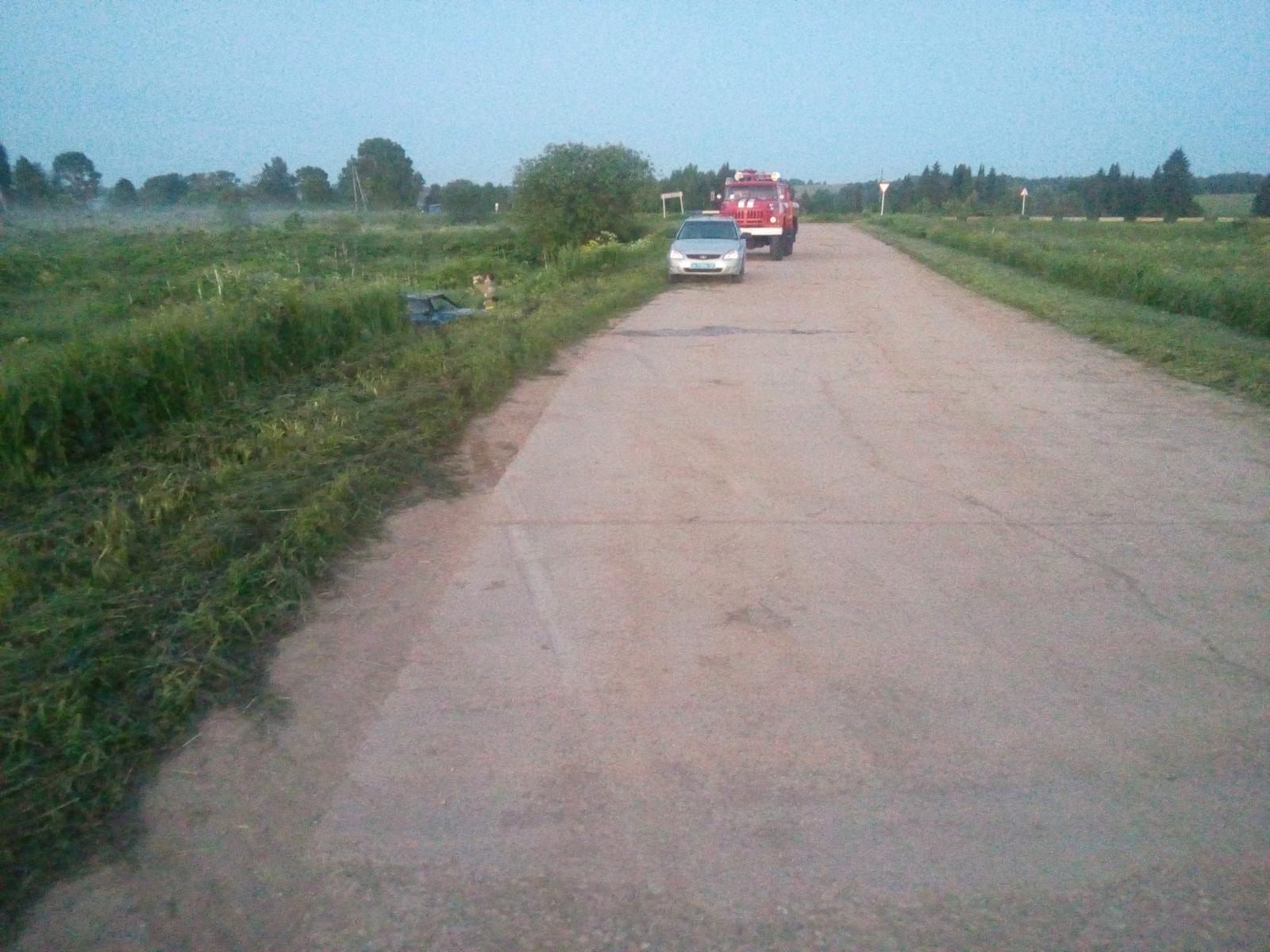 В Кирово-Чепецком районе перевернулся ВАЗ: новая информация о ДТП