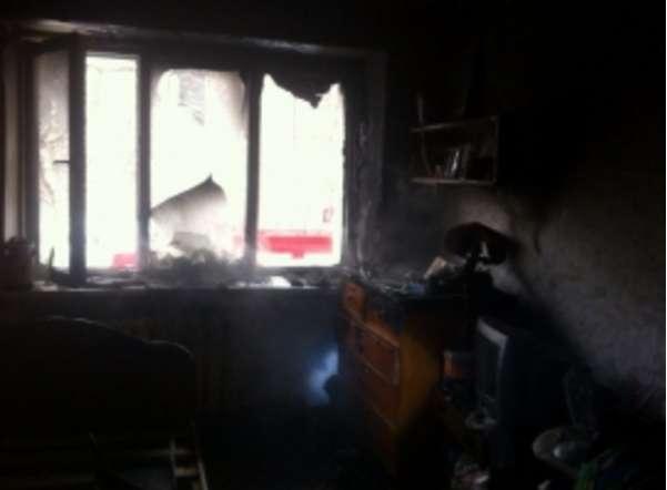 В Чепецке загорелась лоджия жилого дома